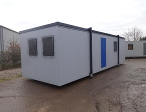 32ft x 10ft open plan unit